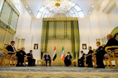 طهران: إلغاء تأشيرات السفر إلى العراق للرحلات الجوية فقط