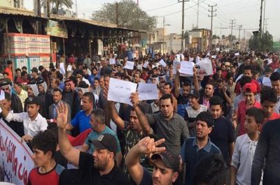تظاهرة في بابل للمطالبة بإطلاق سراح محام اعتقل لانتقاده المحافظ!