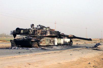 جردة حساب في مواجهة الاحتلال الأمريكي.. كيف انقسمت المقاومة العراقية طائفيًا؟