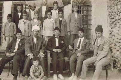 في عيدهم.. المعلمون العراقيون قبل أكثر من 70 عامًا