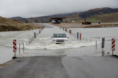 أمطار غزيرة.. فيضانات وسيول: تجنبوا هذه المناطق واحذروا السفر