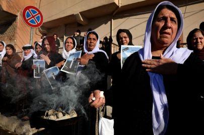 كيف استغل بارزاني جنازة أمير الأيزيديين؟