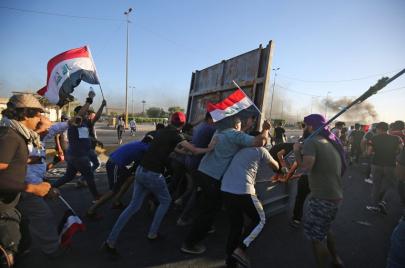إسقاط النظام أو الموت.. ماذا يريد شباب العراق من العالم؟