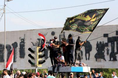 تعليق جديد من طهران على تظاهرات العراق: أمريكا تستخدم أنصار صدام!