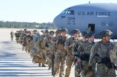 بعد توقفها إثر اغتيال سليماني.. واشنطن تستأنف عملياتها العسكرية مع العراق