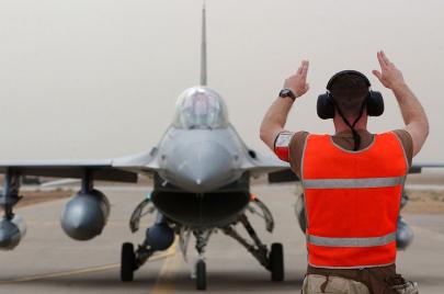 السايبا تهدد أف - 16 العراق.. لماذا يصر عبد المهدي على فتح