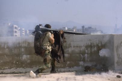 شباب العراق المقاتلون في سوريا: كذبة حماية المراقد