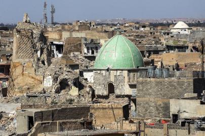 خبز الموصل ورجالها.. صور تروي واقع المدينة المنكوبة بداية القرن الماضي