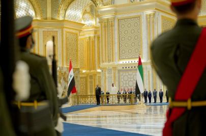 الكاظمي يجتمع بمحمد بن زايد.. مباحثات موسعة بين بغداد وأبو ظبي