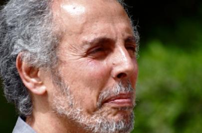 فوزي كريم.. الشاعر هو ذلك القلب المفكّر